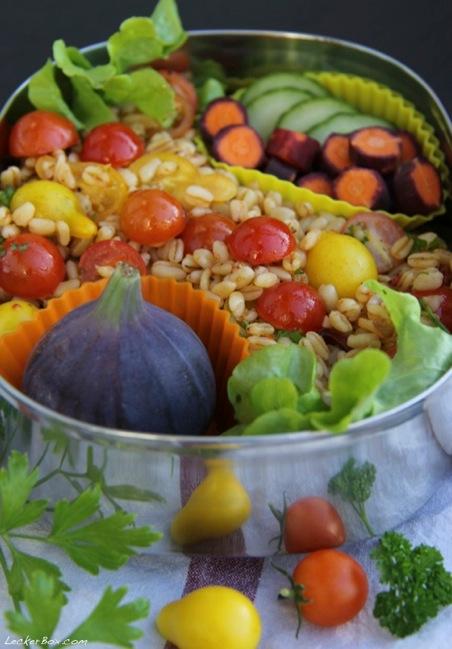 wpid-Sonnenweizen-Tomaten-Salat_2-2013-10-7-07-00.jpg