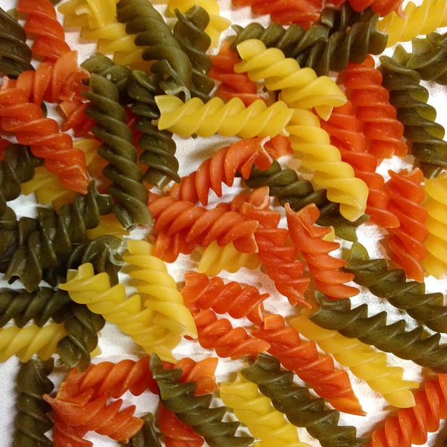 Fusilli-Tricolore ergeben das LeckerBox Essen für Morgen! #nudeln #nudelnmachenglücklich #fusilli #tricolore #lecker #leckerbox